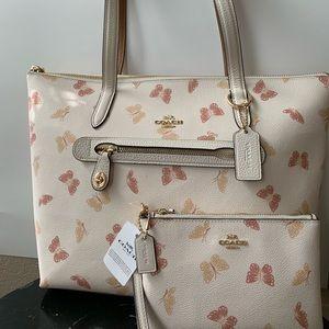 Coach- bufferfly  design tote  bag & wristlet